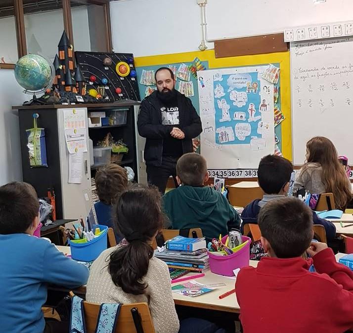 Renascer visita alunos da Escola do Godinho
